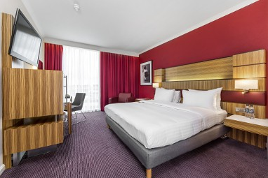 Radisson Blu Hotel London Stansted Airport : Zimmer
